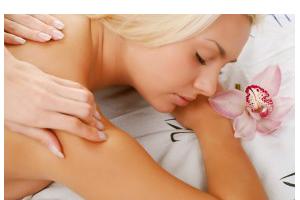 masaż relaksacyjny, aromaterapeutyczny, masaż gorącymi kamieniami, masaż świecą, masaż syberyjski miodowy, masaż wyszczuplająco-modelujący, masaż głowy i twarzy, masaż chłodzący stóp, gabinet masażu