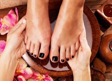 manicure Tarnów, pedicure Tarnów, spa dla nóg, spa dla dłoni, paznokcie hybrydowe, tipsy, paznokcie żelowe